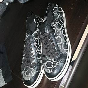 Guess shoes size 9.5
